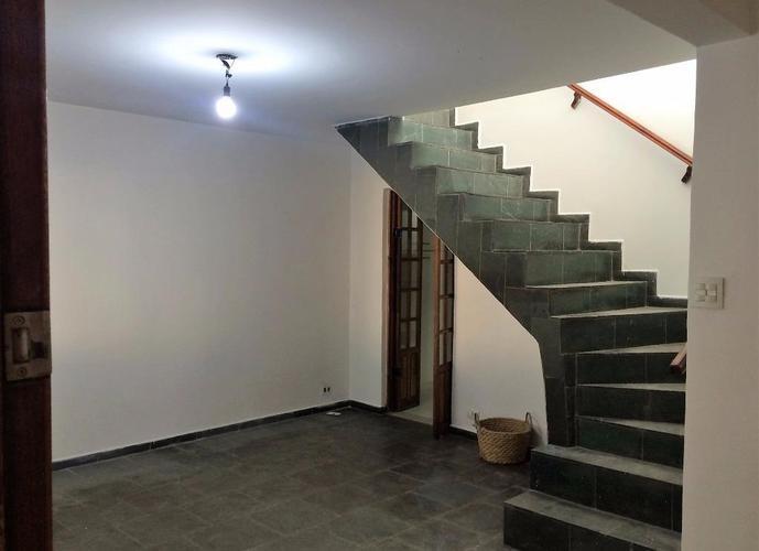 Sobrado em Jardim Santos Dumont/SP de 0m² 3 quartos a venda por R$ 430.000,00