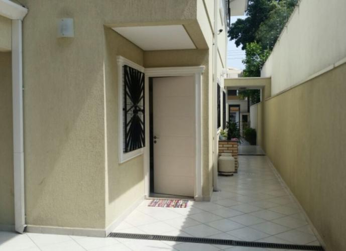 Sobrado em Parque Monte Alegre/SP de 0m² 3 quartos a venda por R$ 730.000,00