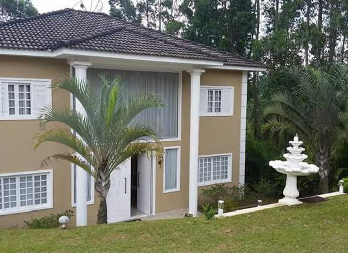 Sobrado em Serra Dos Lagos/SP de 315m² 4 quartos a venda por R$ 950.000,00