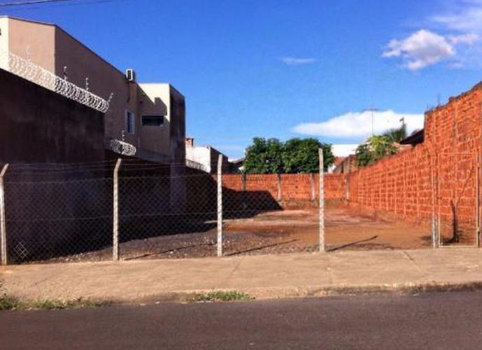 Terreno em Umuarama/SP de 290m² a venda por R$ 120.000,00