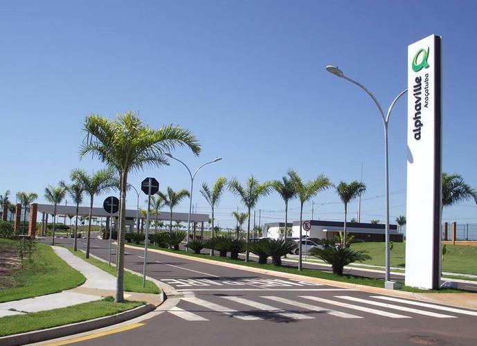 Terreno em Alphaville/SP de 585m² a venda por R$ 390.000,00