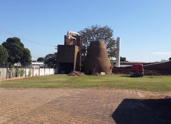 Galpão em Parque Industrial/SP de 4200m² a venda por R$ 4.000.000,00