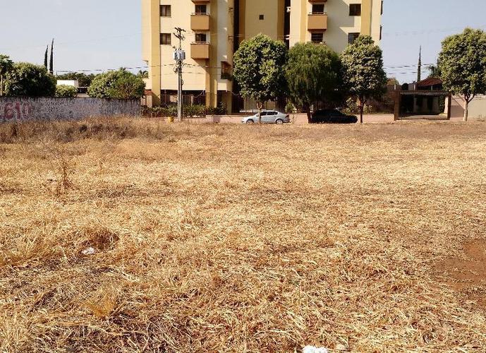 Área em Centro/SP de 1490m² a venda por R$ 750.000,00