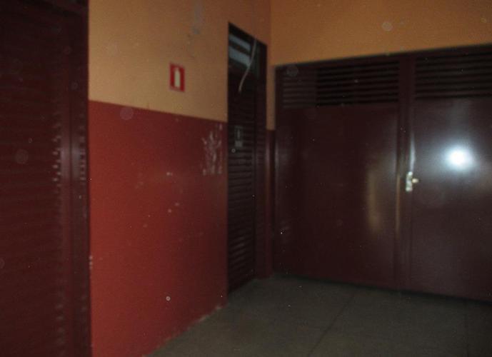 Predio em Vila Mendonça/SP de 800m² a venda por R$ 1.200.000,00