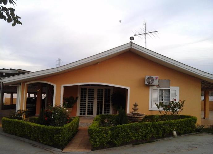 Chácara em Conjunto Habitacional Claudionor Cinti/SP de 300m² a venda por R$ 600.000,00