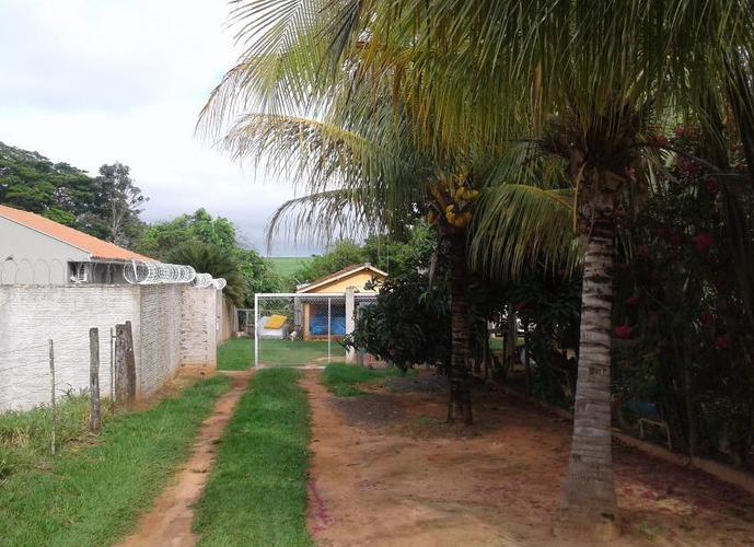 Chácara em Dona Amélia/SP de 170m² 4 quartos a venda por R$ 700.000,00