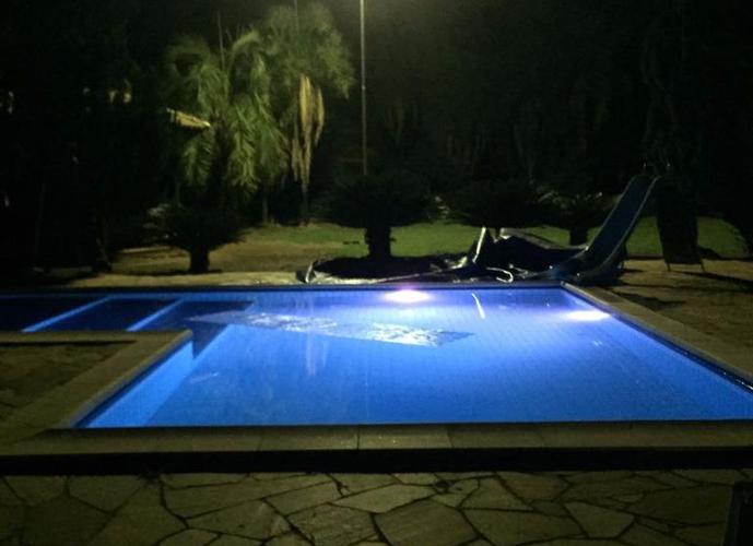 Chácara em Condomínio Chácaras Villa Verde/SP de 350m² 3 quartos a venda por R$ 1.250.000,00