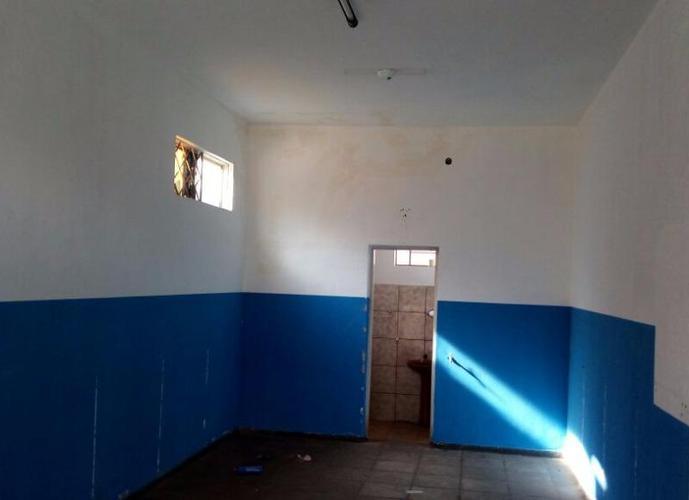 Salão em Santa Luzia/SP de 40m² para locação R$ 750,00/mes