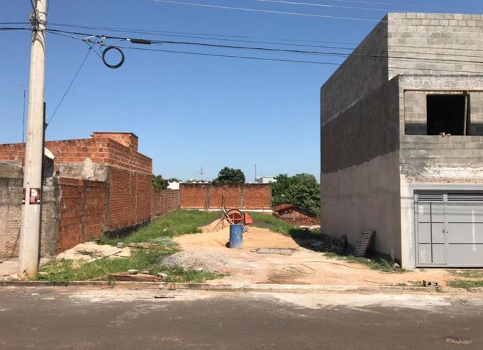 Terreno em Umuarama/SP de 300m² a venda por R$ 90.000,00