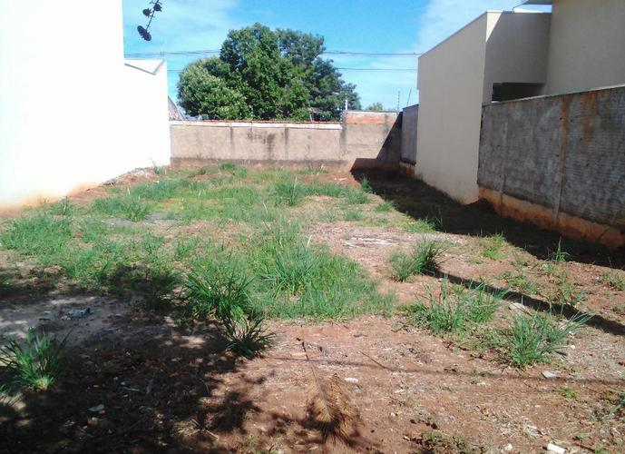 Terreno em Conjunto Habitacional Doutor Antônio Villela Silva/SP de 303m² a venda por R$ 200.000,00