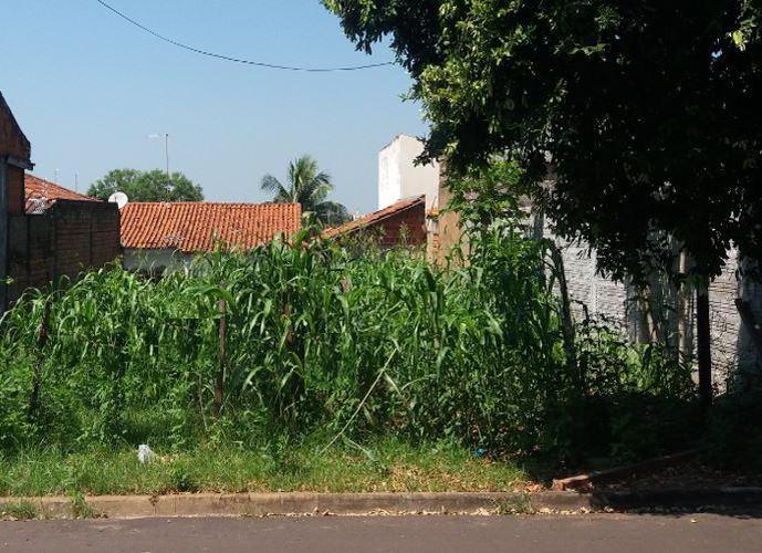 Terreno em Jardim São Braz/SP de 257m² a venda por R$ 80.000,00