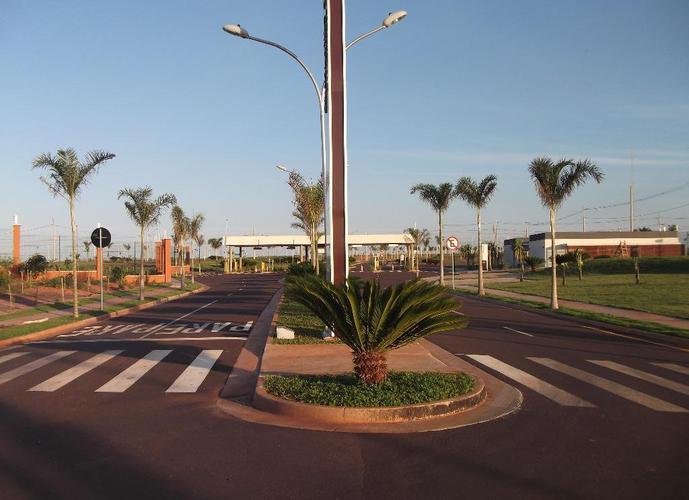 Terreno em Alphaville/SP de 457m² a venda por R$ 270.000,00