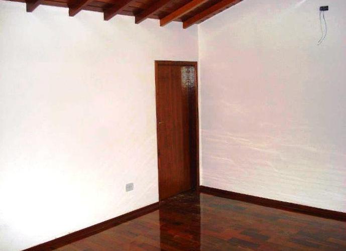 Sobrado em Santa Maria/SP de 0m² 4 quartos a venda por R$ 750.000,00