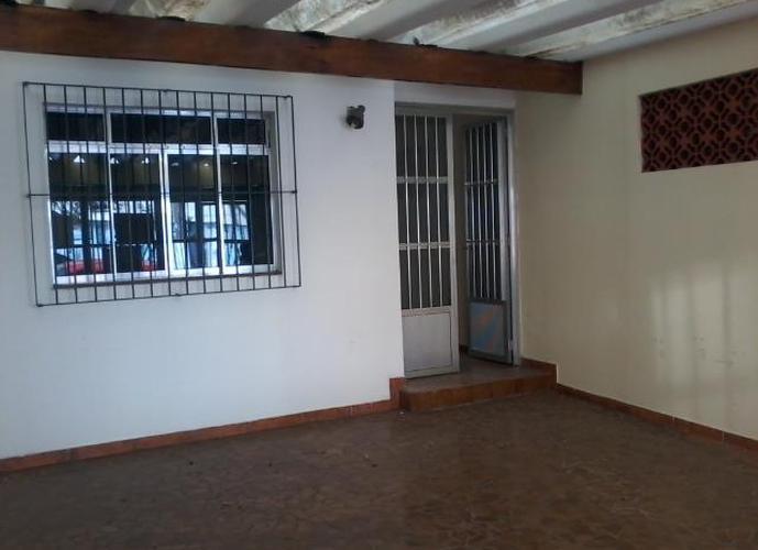 Sobrado em Vila Sta Luzia/SP de 0m² 2 quartos a venda por R$ 470.000,00