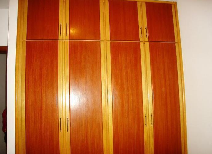 Sobrado em Taboão/SP de 0m² 3 quartos a venda por R$ 700.000,00