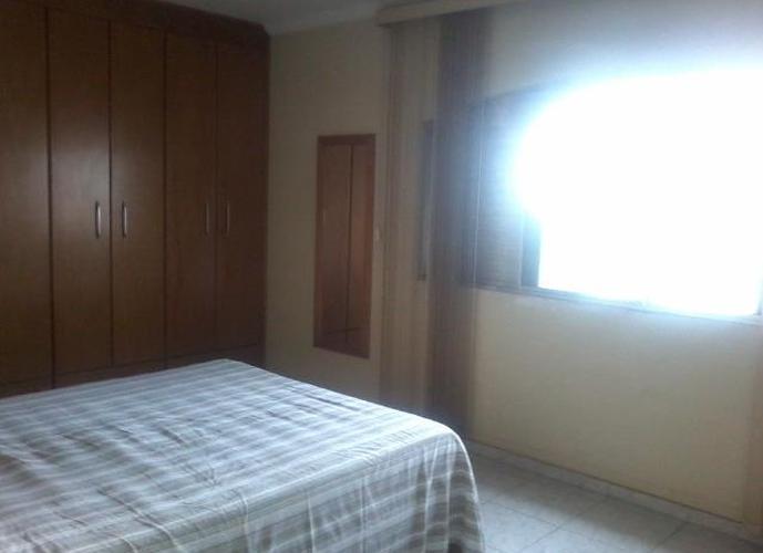 Sobrado em Vila Esther/SP de 0m² 4 quartos a venda por R$ 700.000,00