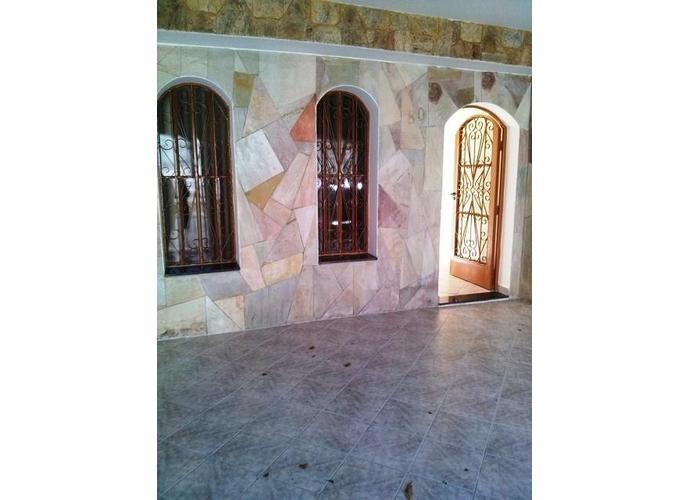 Sobrado em Vila Sta Luzia/SP de 0m² 3 quartos a venda por R$ 760.000,00