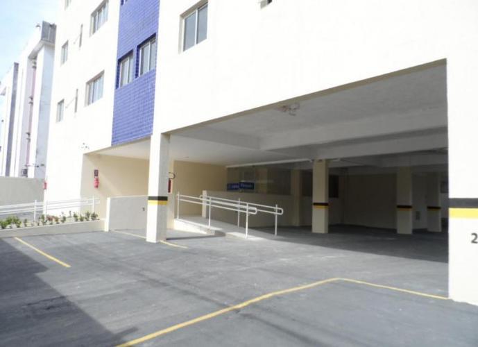 Apartamento em Candeias/PE de 40m² 1 quartos a venda por R$ 120.000,00