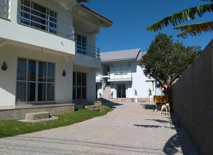 Apartamento em Cachoeira do Bom Jesus/SC de 380m² 8 quartos a venda por R$ 1.690.000,00