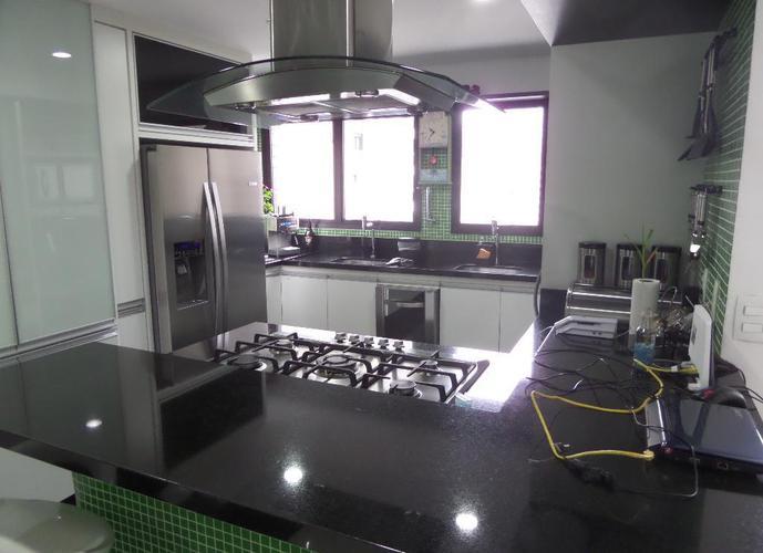 Penthouse em Cidade Monções/SP de 200m² 3 quartos para locação R$ 12.000,00/mes