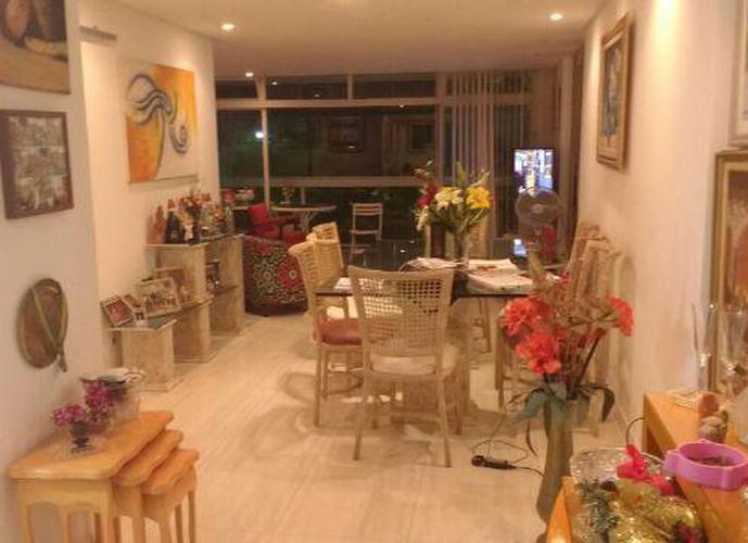Apartamento em Gonzaga/SP de 175m² 3 quartos a venda por R$ 795.000,00