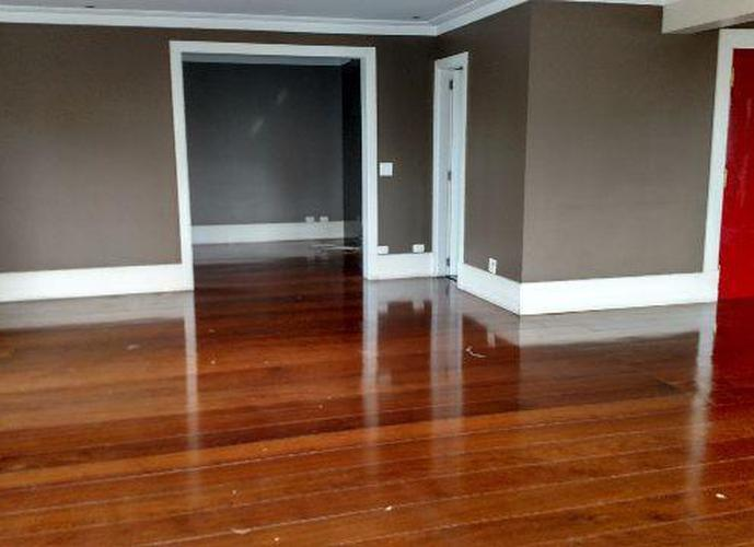 Apartamento em Vila Andrade/SP de 243m² 3 quartos a venda por R$ 898.000,00