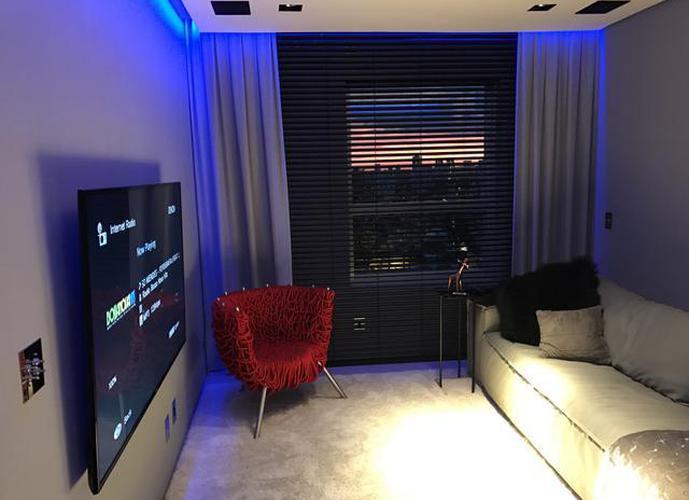 Apartamento em Vila Olímpia/SP de 74m² 2 quartos a venda por R$ 1.350.000,00