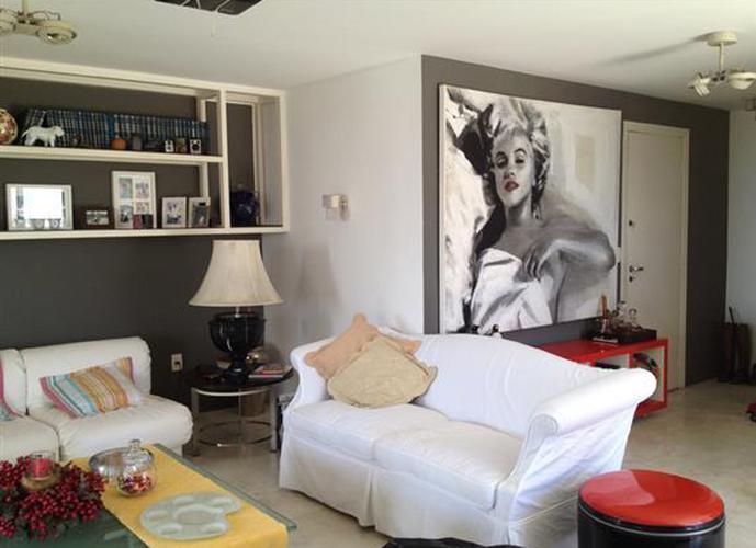 Cobertura em Vila Andrade/SP de 294m² 3 quartos a venda por R$ 1.250.000,00