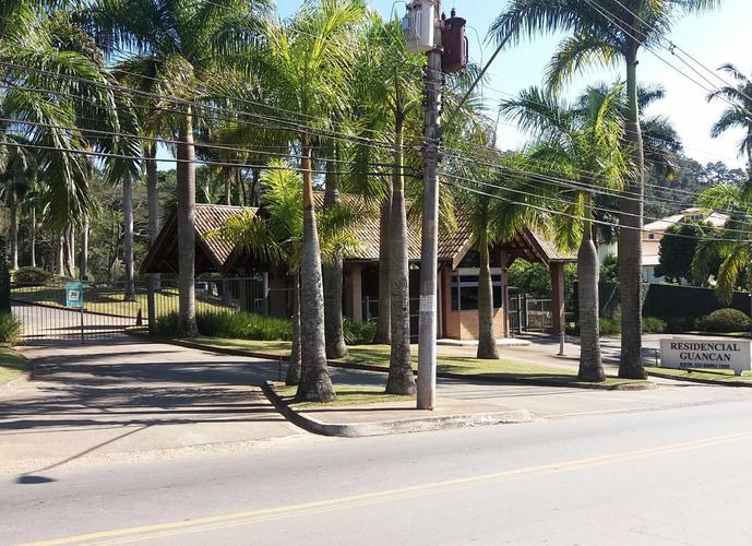 Terreno em Granja Viana/SP de 2373m² a venda por R$ 1.350.000,00