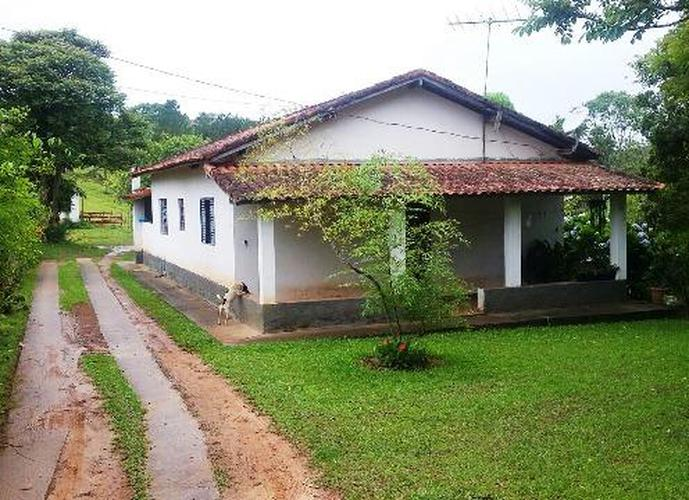 Chácara em Bairro Da Capelinha/SP de 280m² 3 quartos a venda por R$ 550.000,00