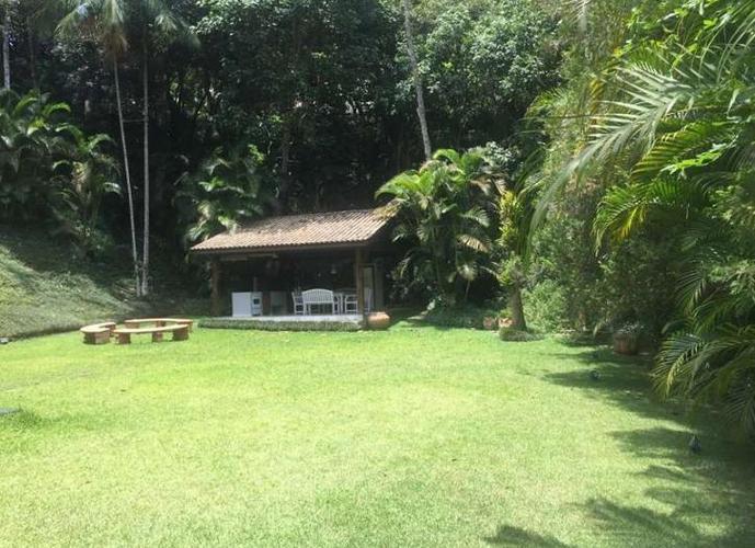 Terreno em Granja Viana/SP de 1012m² a venda por R$ 300.000,00