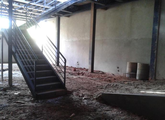 Galpão em Parque Alexandre/SP de 500m² a venda por R$ 1.200.000,00