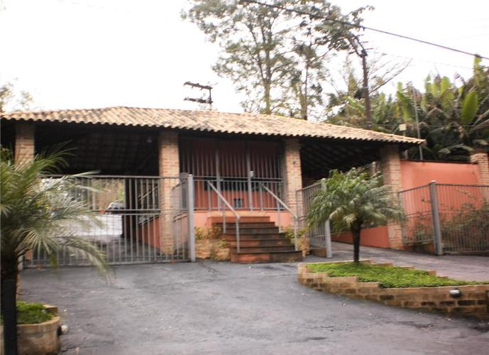 Terreno em Granja Viana/SP de 2255m² a venda por R$ 220.000,00