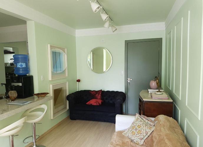 Apartamento em Granja Viana/SP de 68m² 3 quartos a venda por R$ 310.000,00