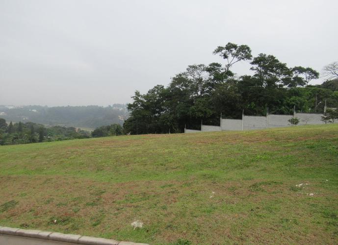 Terreno em Granja Viana/SP de 693m² a venda por R$ 650.000,00