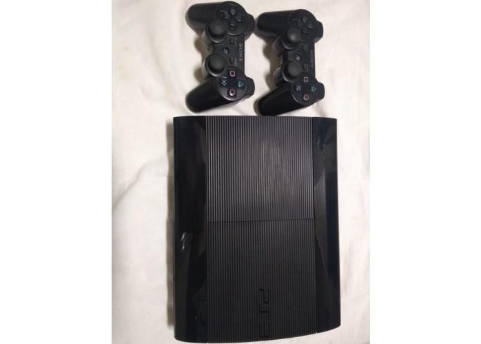 PS3 500GB Com 6 Jogos e 2 Controles