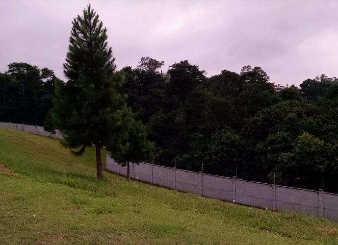 Terreno em Granja Viana/SP de 572m² a venda por R$ 385.000,00