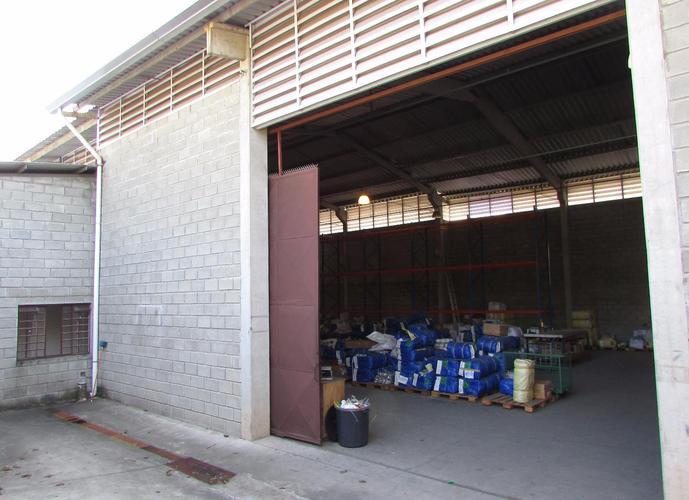Galpão em Jardim Guerreiro/SP de 1400m² para locação R$ 28.000,00/mes