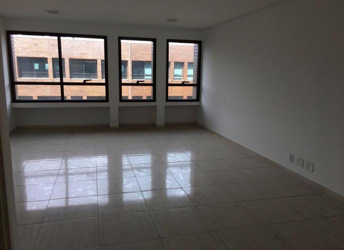 Sala em Granja Viana/SP de 41m² para locação R$ 1.500,00/mes