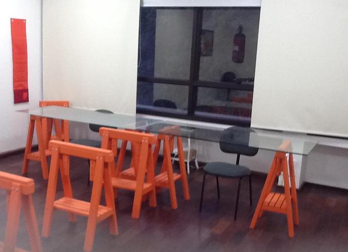 Sala em Granja Viana/SP de 44m² a venda por R$ 322.000,00 ou para locação R$ 2.200,00/mes