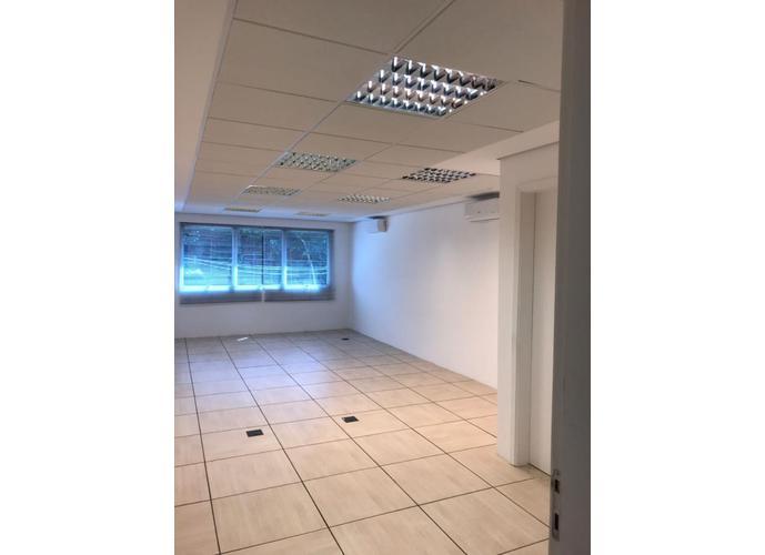 Sala em Granja Viana/SP de 37m² para locação R$ 1.436,29/mes