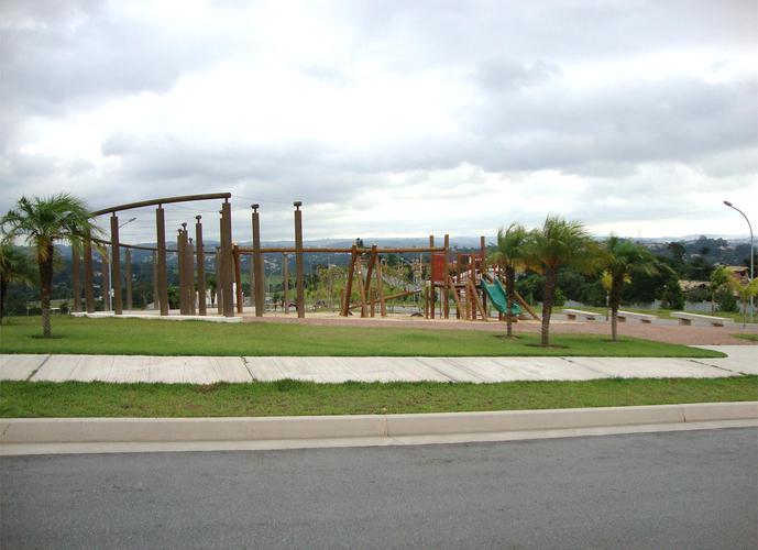 Terreno em Granja Viana/SP de 636m² a venda por R$ 795.000,00