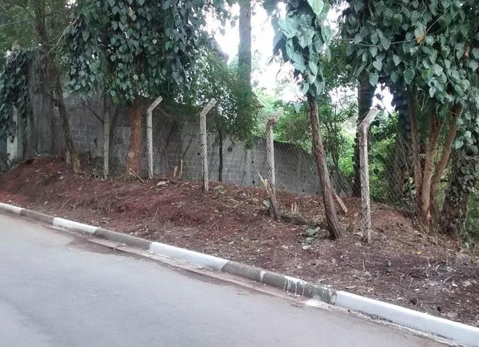 Terreno em Granja Viana/SP de 1788m² a venda por R$ 380.000,00