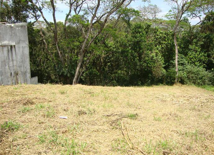 Terreno em Granja Viana/SP de 880m² a venda por R$ 564.000,00
