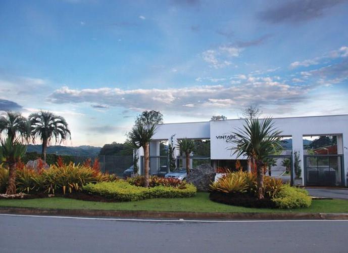 Terreno em Granja Viana/SP de 500m² a venda por R$ 326.585,00
