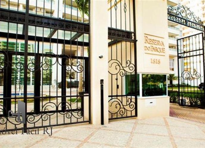 Apartamento a Venda no bairro Jacarepaguá - Rio de Janeiro, RJ - Ref: R13466