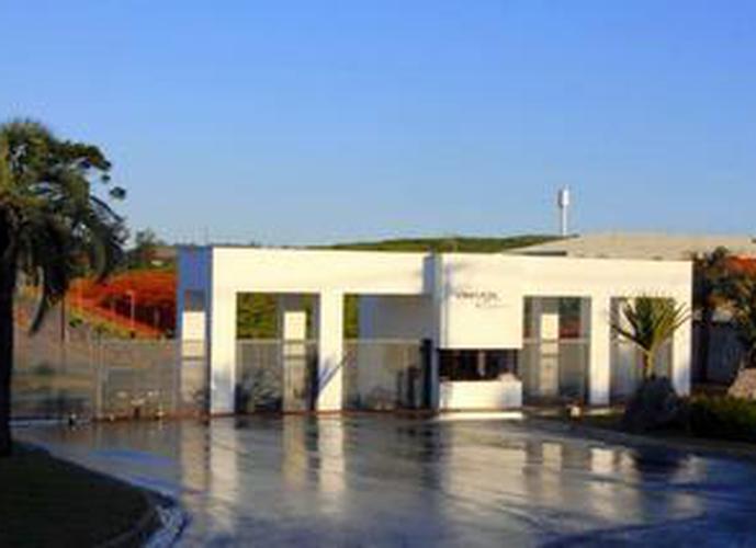 Terreno em Granja Viana/SP de 804m² a venda por R$ 442.524,50