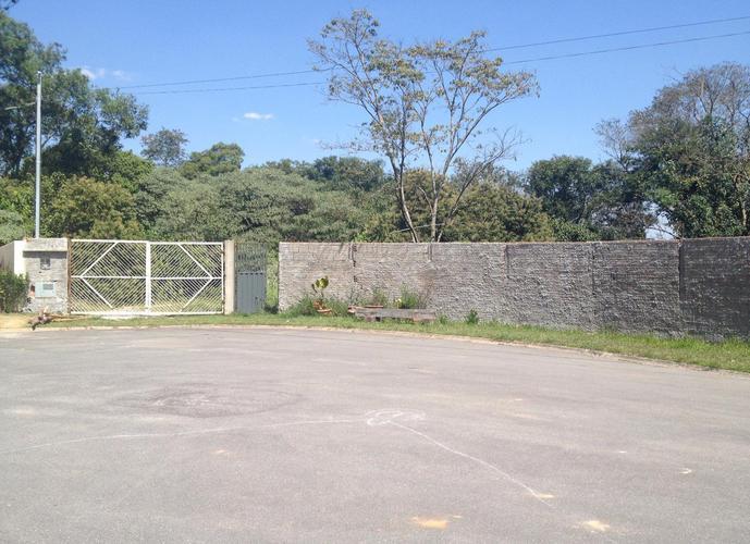Terreno em Granja Viana/SP de 650m² a venda por R$ 215.000,00