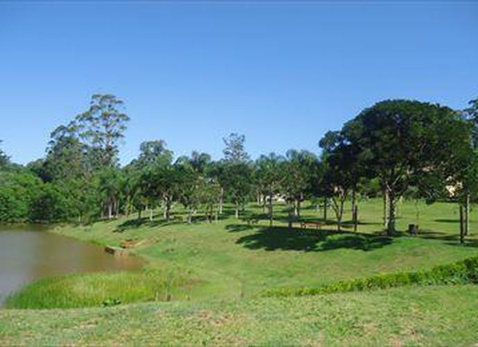 Terreno em Granja Viana/SP de 1098m² a venda por R$ 500.000,00