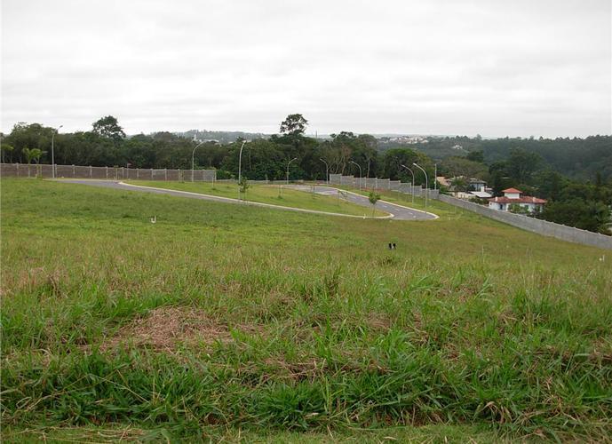 Terreno em Granja Viana/SP de 632m² a venda por R$ 651.000,00